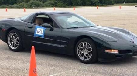 Dee's Race Car